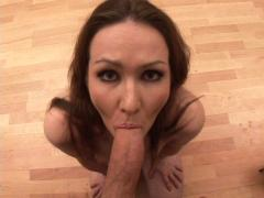 Cute girl prepares herself to give the best blowjob ever!